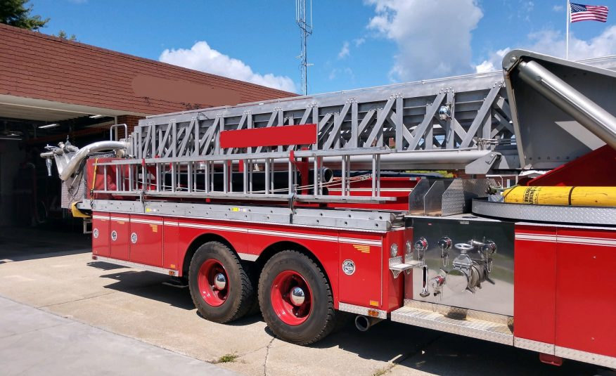 1981 Sutphen 100Ft Tower #716109